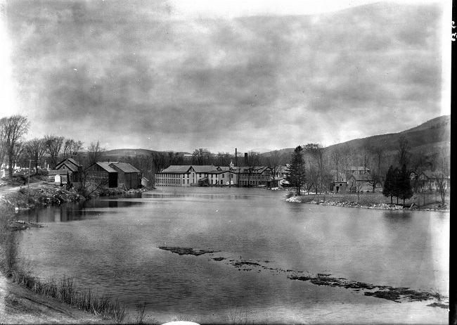 bentons-pond-looking-north
