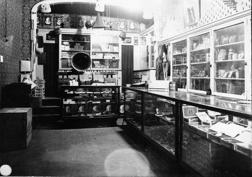 endress-cigar-store-main-st-818